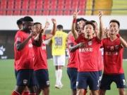 提前保级成功,杨贺赛后兴奋发博:感谢所有的球迷