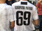 尤文球迷身穿印有旺达名字球衣,期待伊卡尔迪加盟