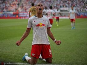 德甲综述:莱比锡2-1法兰克福,狼堡客场3-0柏林赫塔