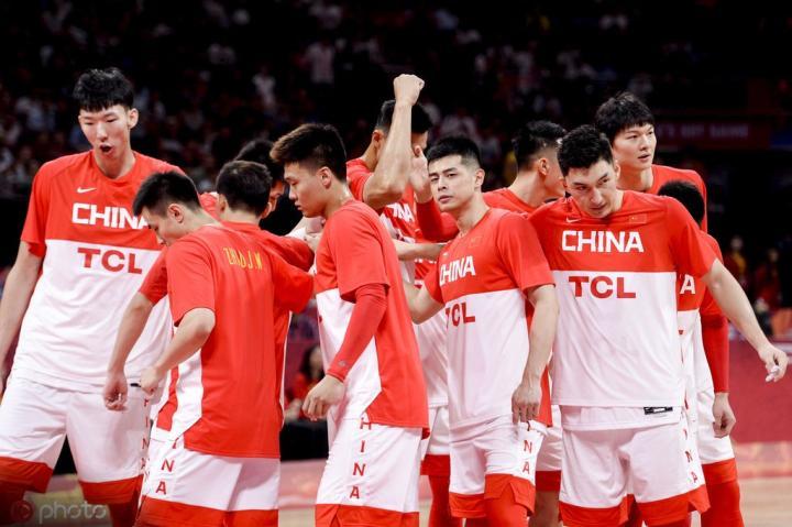 男篮世界杯:中国76-79憾负波兰,郭艾伦、赵睿5犯离场
