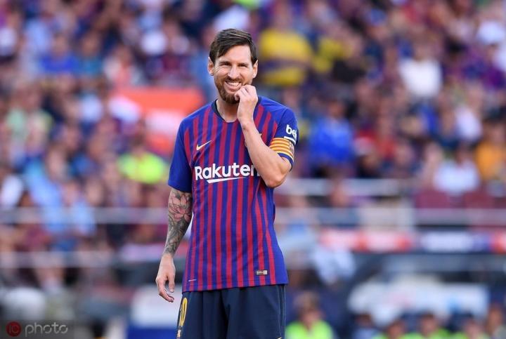 记者:梅西伤势未愈,不会在对阵瓦伦西亚的比赛中出场