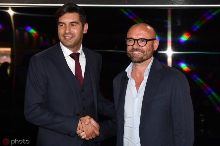 足球市场:罗马要监控球员使用社交网络,同时严格控制饮食