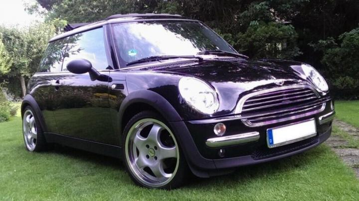 社交平台出售克洛普执教美因茨时的座驾,售价4000欧