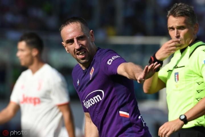佛罗伦萨主席科米索:里贝里踢得比C罗更好