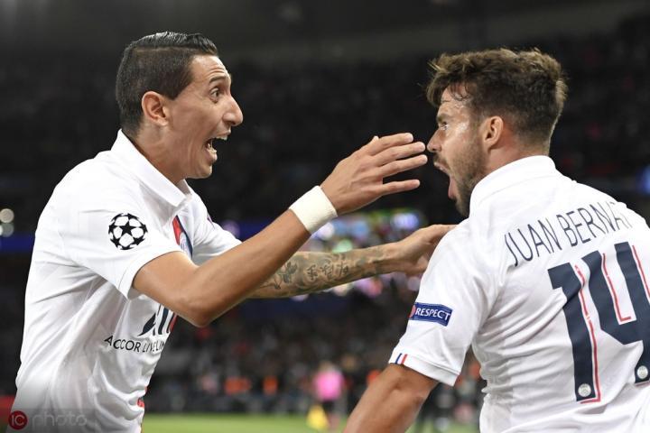 贝尔纳特:迎来欧冠开门红棒极了,我们展现出真正的团队足球