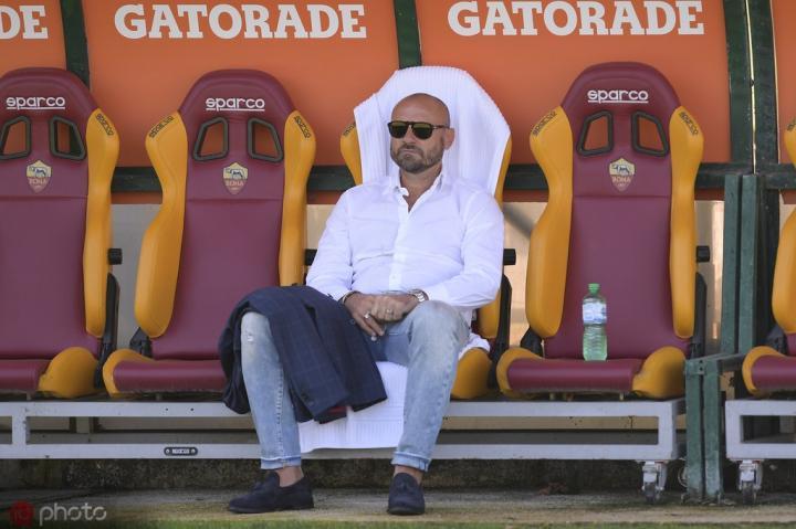 罗马总监佩特拉奇:我们很重视欧联杯,想尽可能走远