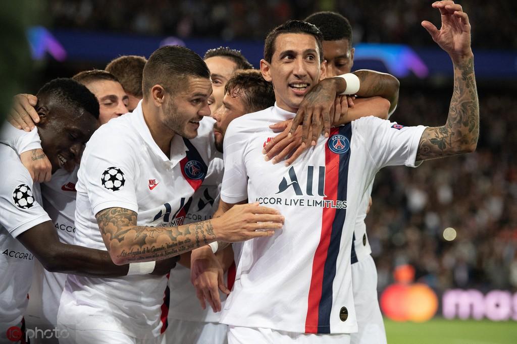 队报记者:大胜皇马与之前赢拜仁不同,这次巴黎掌控了比赛
