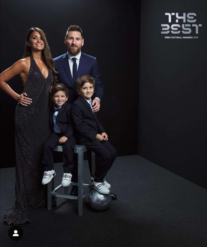 梅西获得FIFA年度最佳男足球员后更新了个人in...