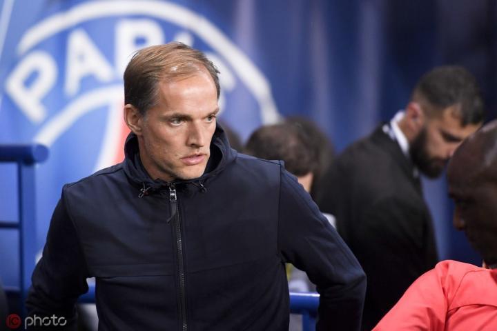 主场0-2不敌兰斯,巴黎联赛22场主场不败遭终结