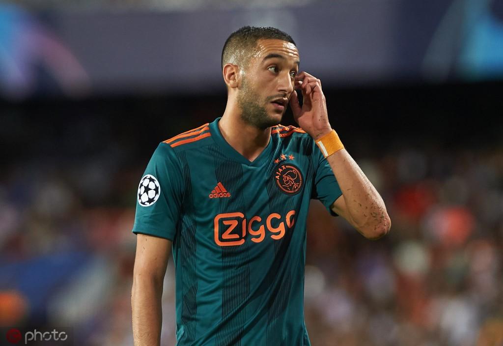 福克斯体育:摩洛哥球星齐耶赫已离开国家队返回阿贾克斯