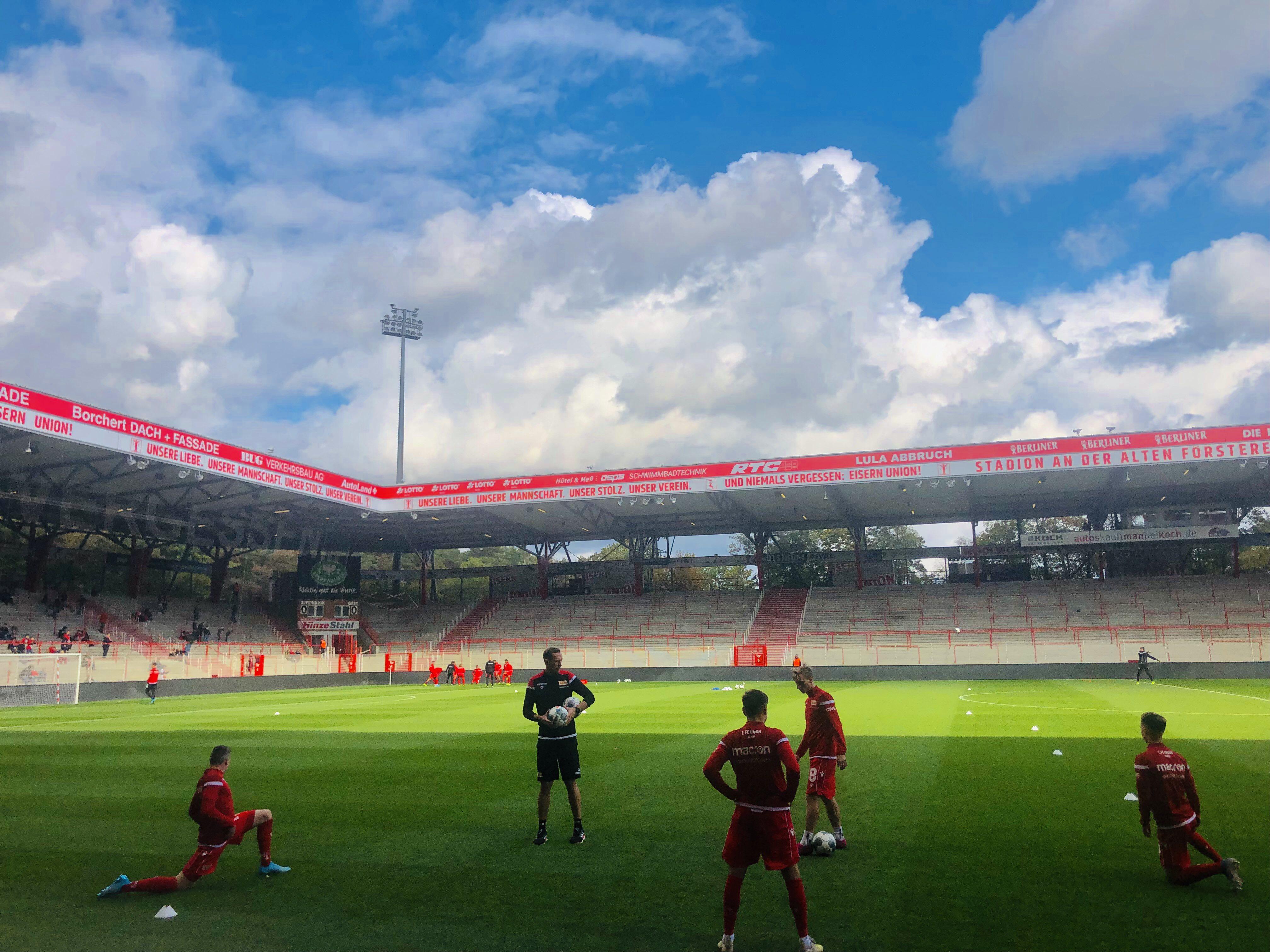 德累斯顿迪纳摩 联赛间歇期热身赛:柏林联0-0德累斯顿迪纳摩,现...