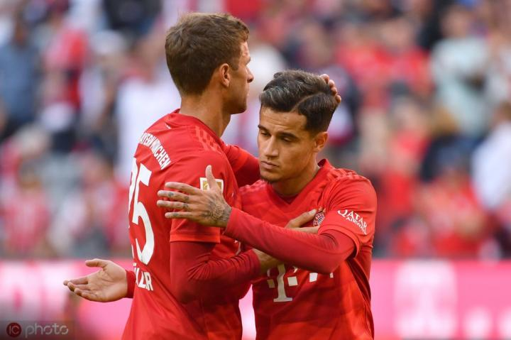 图片报:拜仁客战奥格斯堡,库蒂尼奥和穆勒可能同时首发
