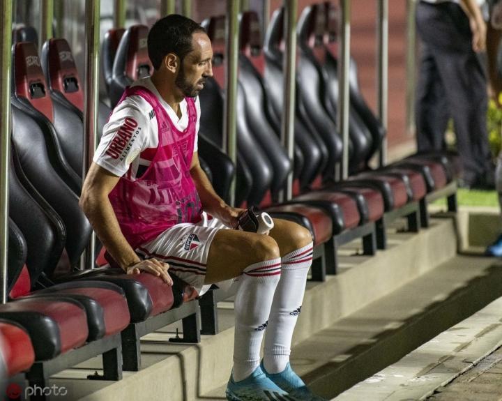 胡安弗兰:我非常想念马德里竞技,12月会回去看场比赛