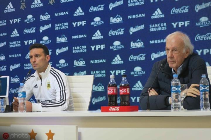 梅诺蒂:萨里让尤文踢出了美丽足球,不想比较梅西和C罗