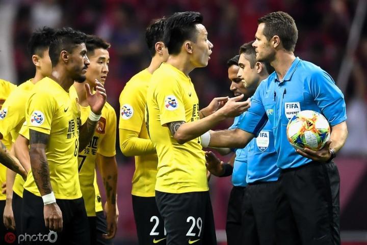 外媒:亚冠暂时不会使用VAR,U23亚洲杯将首次全面启用该技术