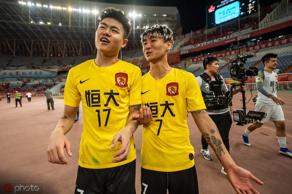 记者王涛谈韦、杨受罚:年轻人需要一些教训才能成熟