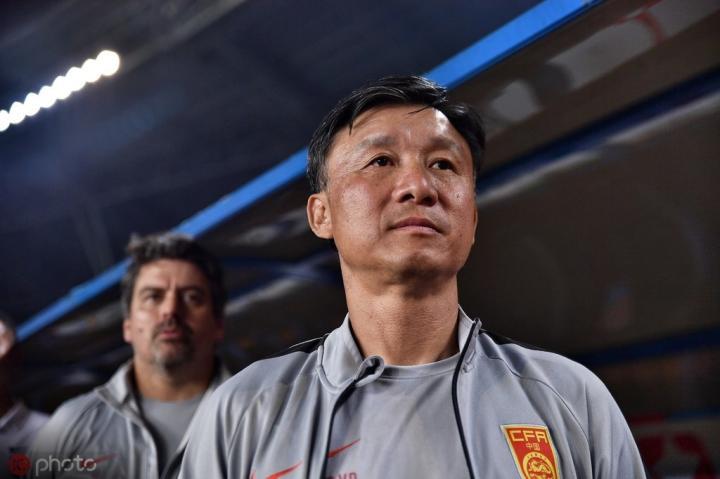 成耀东谈国青不敌印尼:准备时间很短,很多球员都感到很疲倦