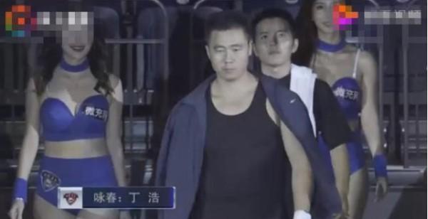 咏春大师赛前自信满满,结果74秒被KO,观众都看出原因