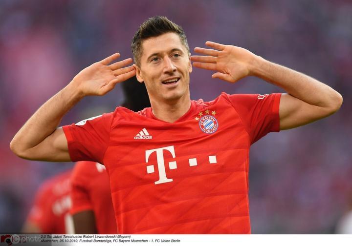 莱万攻破柏林联合球门,对阵德甲25支球队都有进球