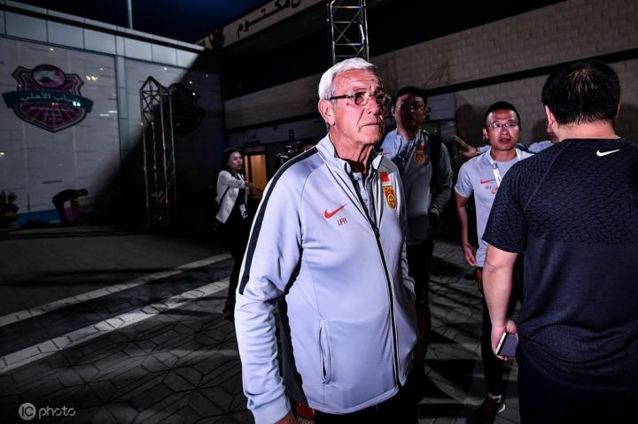 媒体人谈里皮:失败从亚洲杯就埋下伏笔;他没有尽心带国字号
