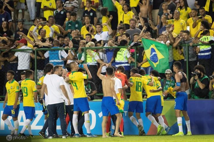 U17世界杯:巴西连扳三球3-2逆转法国,决赛将对阵墨西哥