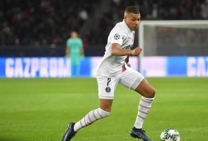 对阵南特进球后,姆巴佩进入巴黎历史射手榜前十名