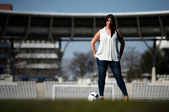 经纪人回击国际足联:FIFA想控制一切;监狱有很多他们的官员