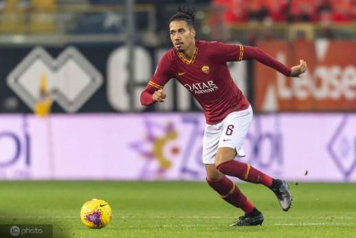 迪马济奥:罗马仍在尝试买断斯莫林,球员本人想留在红狼军团
