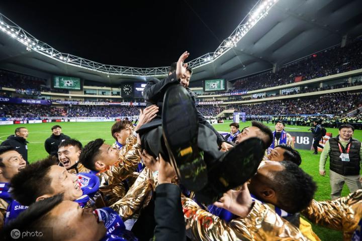 吳曉輝在申花表彰大會上表態:未來三年申花還要奪冠-116比分