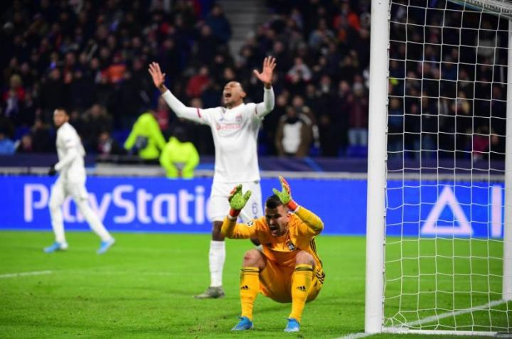 里昂晋级欧冠淘汰赛后,8年来首次无法甲球队入围欧联杯32强