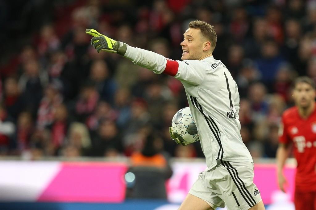踢球者德甲半程门将评级:诺伊尔