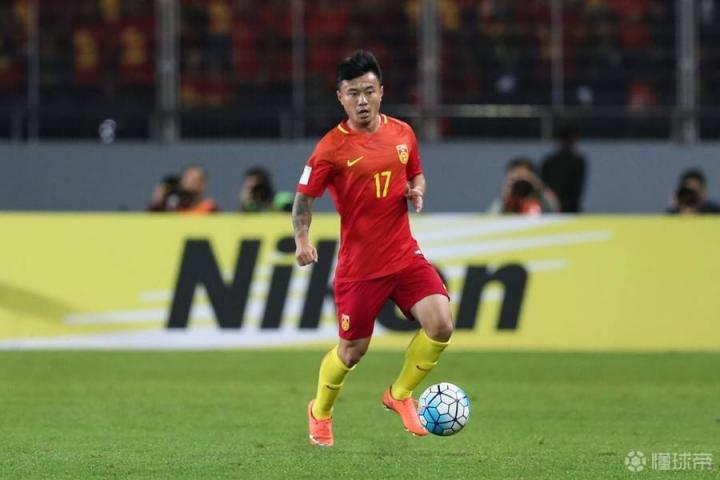 沪媒:曹赟定婉拒申花特批假期,国足集训结束后与球队会合
