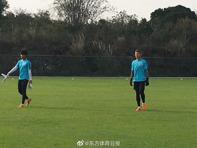 东体:河南建业第三门将温智翔到申花试训