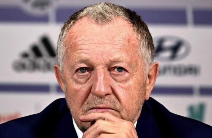 巴黎人报:不满上赛季联赛提前结束,里昂向法甲索赔超1亿欧