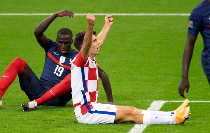 布雷卡洛:我们踢得还不错,但这四个丢球让法国进得太简略了