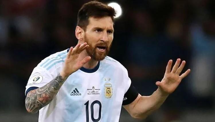 梅西飞到了南美洲跟从阿根廷国家队出战了世预赛