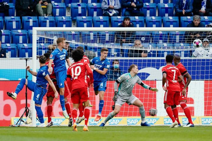 纪录终结,拜仁慕尼黑各项赛事23场连胜被霍芬海姆打破