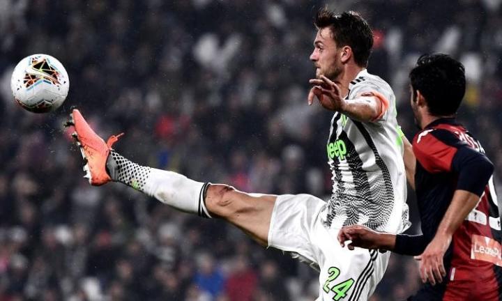 足球市场:西汉姆联、塞维利亚、富勒姆和雷恩追鲁加尼