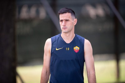 脱离马德里竞技的将会是克罗地亚前锋卡利尼奇