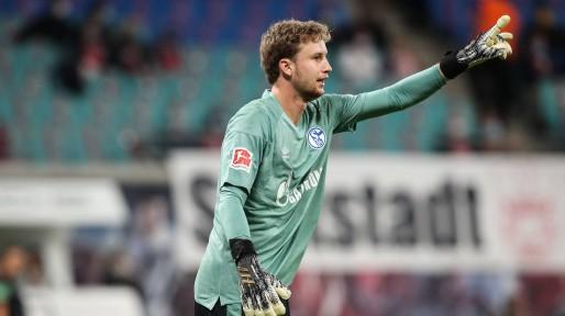 容诺夫:我在法兰克福时机不多,相信自己有在德甲踢球的实力