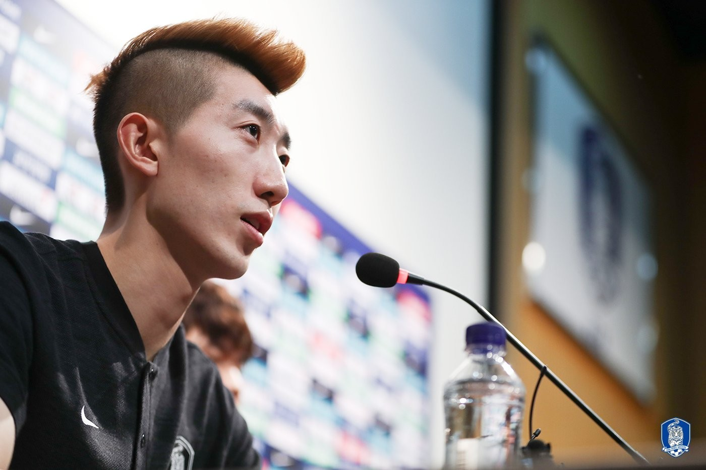 韩国国家队赵贤祐等4名球员和1名工作人员感染新冠