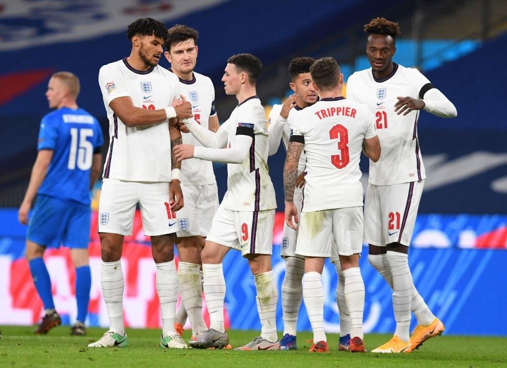 索斯盖特:英格兰的年轻人临危不惧,希望球员在场上自由表达