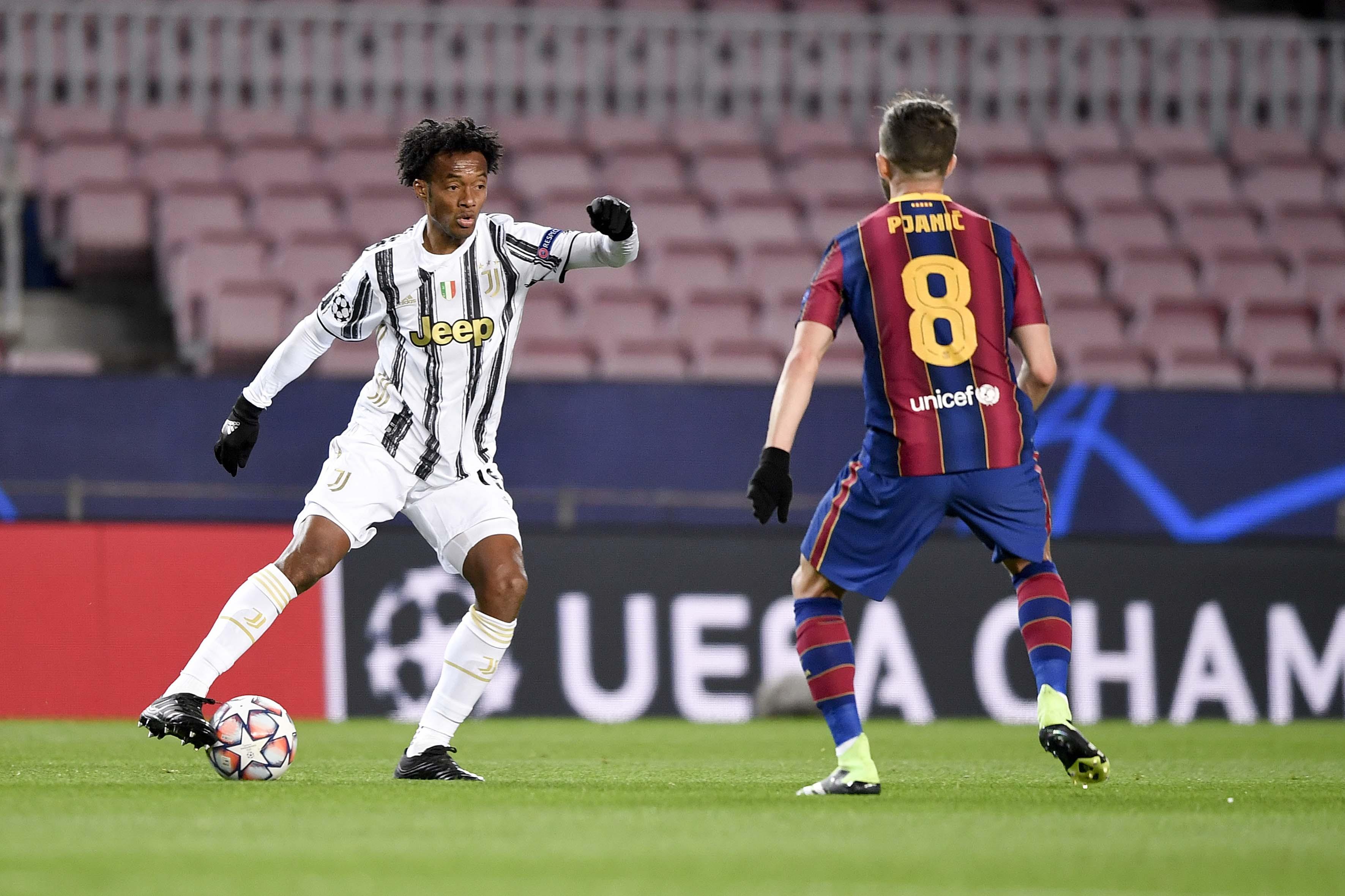夸德拉多本赛季已经有8次助攻,为意甲球员榜首