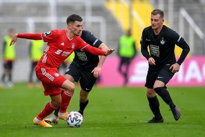 柏林联队即将租借拜仁慕尼黑队的前锋达雅库